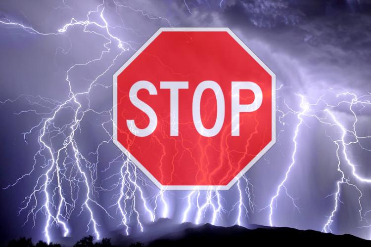 Proteggere gli edifici dai fulmini: come prevenire possibili danni.