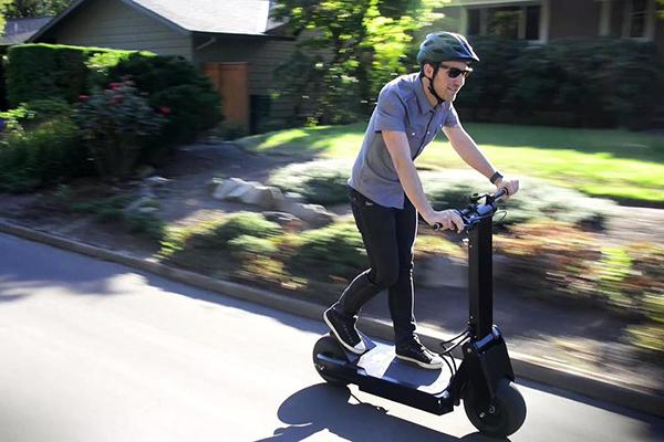 La trottinette électrique : un véritable moyen de transport ou non?