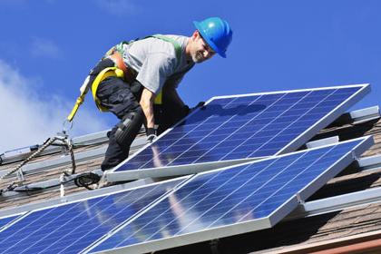 Impianto fotovoltaico a noleggio, esiste? Chi lo fa?