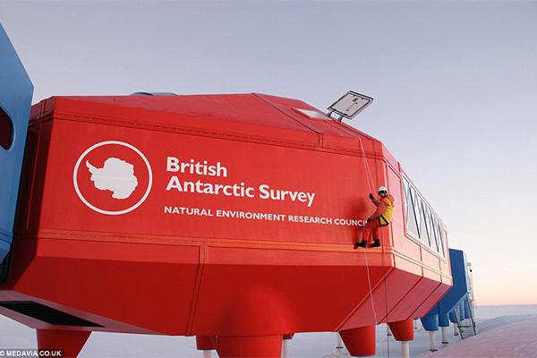 La Triveneta Cavi débarque en Antarctique