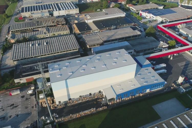 La Triveneta Cavi et son nouveau pôle logistique automatisé : vers l'Industrie 4.0