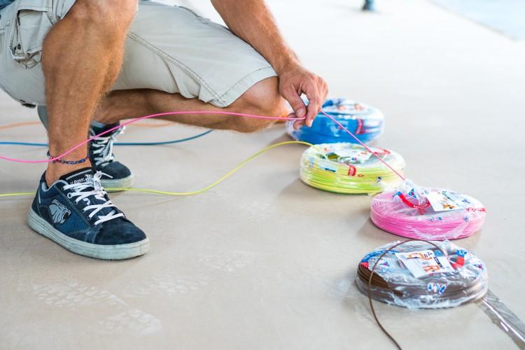 Wie wählt man die am besten geeigneten Kabel für ein elektrisches System? Der Elektriker antwortet …