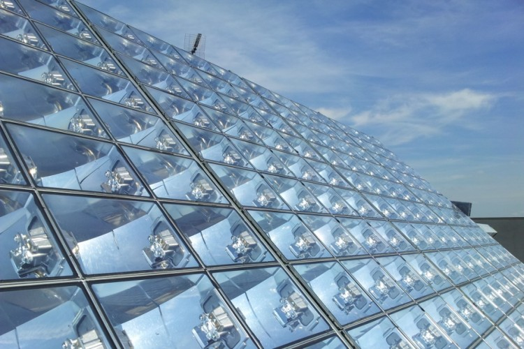 Concentrated photovoltaic solar power system: what it is and how it works
